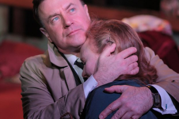 Christopher Villiers and Emma Davies in The Living Room (Jermyn Street Theatre) - Bob Workman